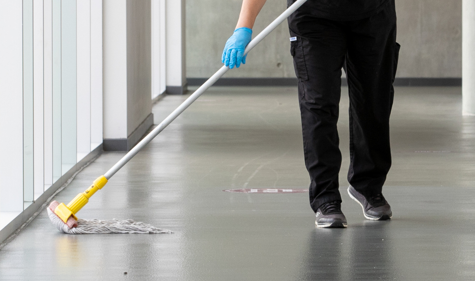 cleaner mopping